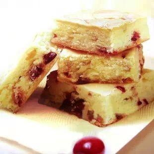 ❤韓國~LOTTE 法式莓果夾心奶酪蛋糕派~,6 入✨