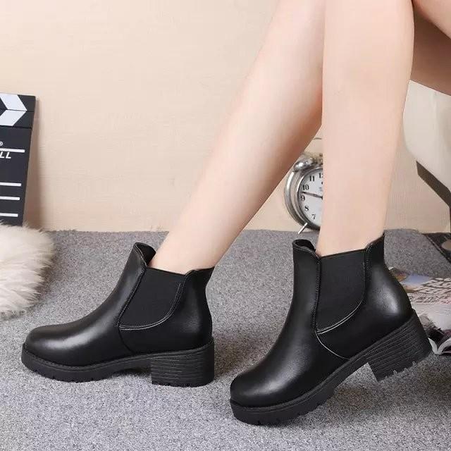 馬丁靴女英倫風粗跟短靴女春秋單靴 皮靴厚底 靴子