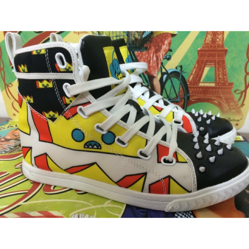 Kruzin 強烈美式風格黑色黃色小惡魔拼接色彩街頭彩繪塗鴨風格舒適超輕 鞋休閒鞋