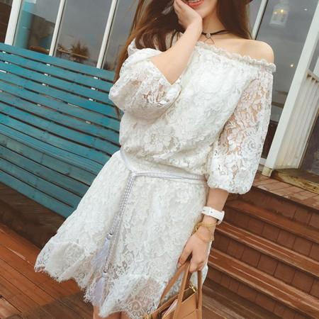 SISI ~D6186 ~超甜美浪漫鏤空蕾絲雕花露肩一字領中袖縮腰顯瘦系帶連身裙洋裝