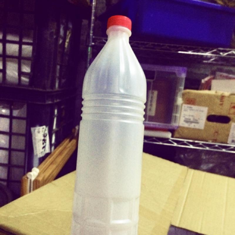 PE 塑膠瓶120 支(1 箱)
