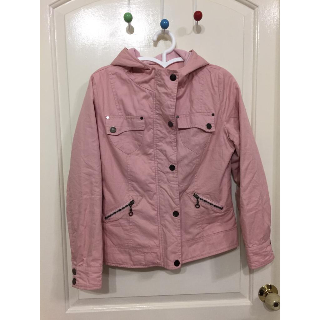 Miu s 丁小芹代言八成新粉紅色夾克防風連帽亮扣鋪棉拉鍊外套150 元全家取貨蝦皮新戶折