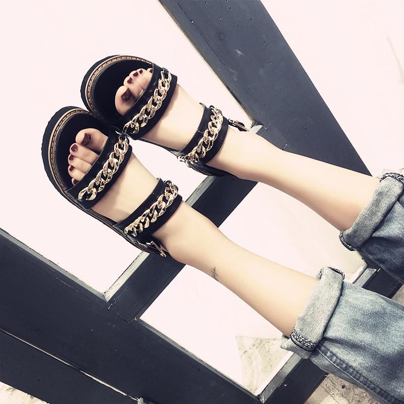 涼鞋 平跟平底露趾鬆糕羅馬鞋鬆糕底金屬鏈條厚底涼鞋女鞋~台北韓風館~