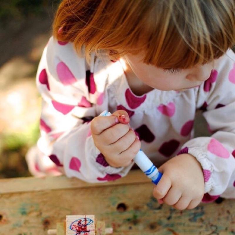 女童女寶兒童寶寶滿版愛心印花泡泡袖長袖中長版上衣娃娃衫背後鈕扣襯衫ins 同款