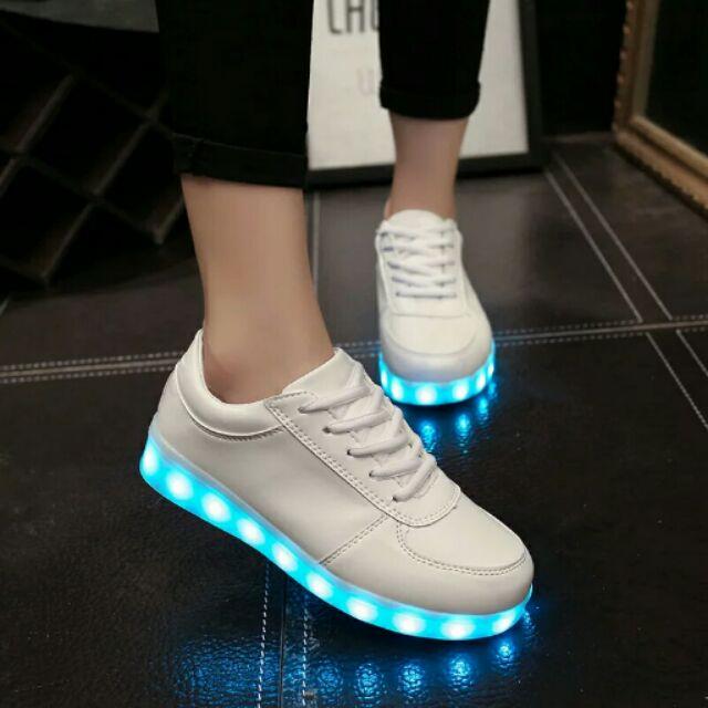 七彩閃光燈發光鞋男女充電情侶 單鞋熒光夜光板鞋