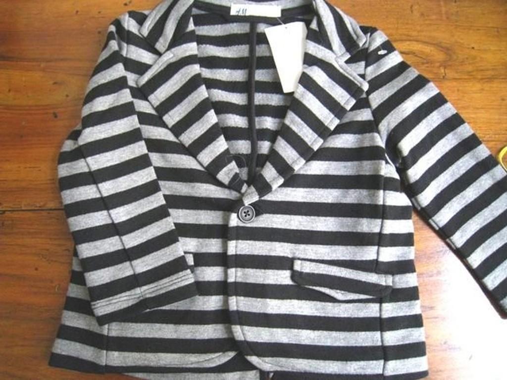 H M BABY BOY 黑灰條紋西裝外套2Y 百元