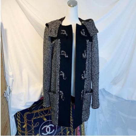 翰辰全新精品 Chanel coat 香奈兒 毛呢牛角釦連帽大衣