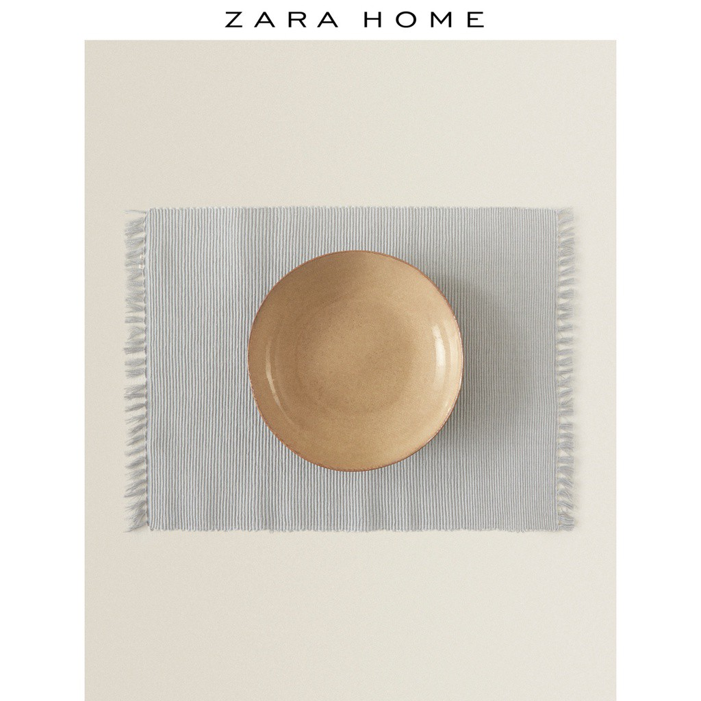 現貨 ✲流蘇餐墊✲ Zara Home 歐式簡約銀色凸紋織布流蘇餐墊(2件套) 40053023808【恩恩雜貨鋪】