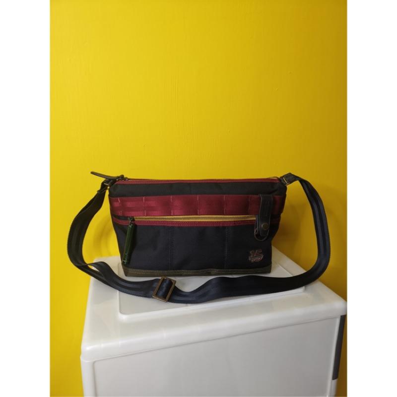 [買一送一]二手Porter斜背包送全新Porter黑色鑰匙包