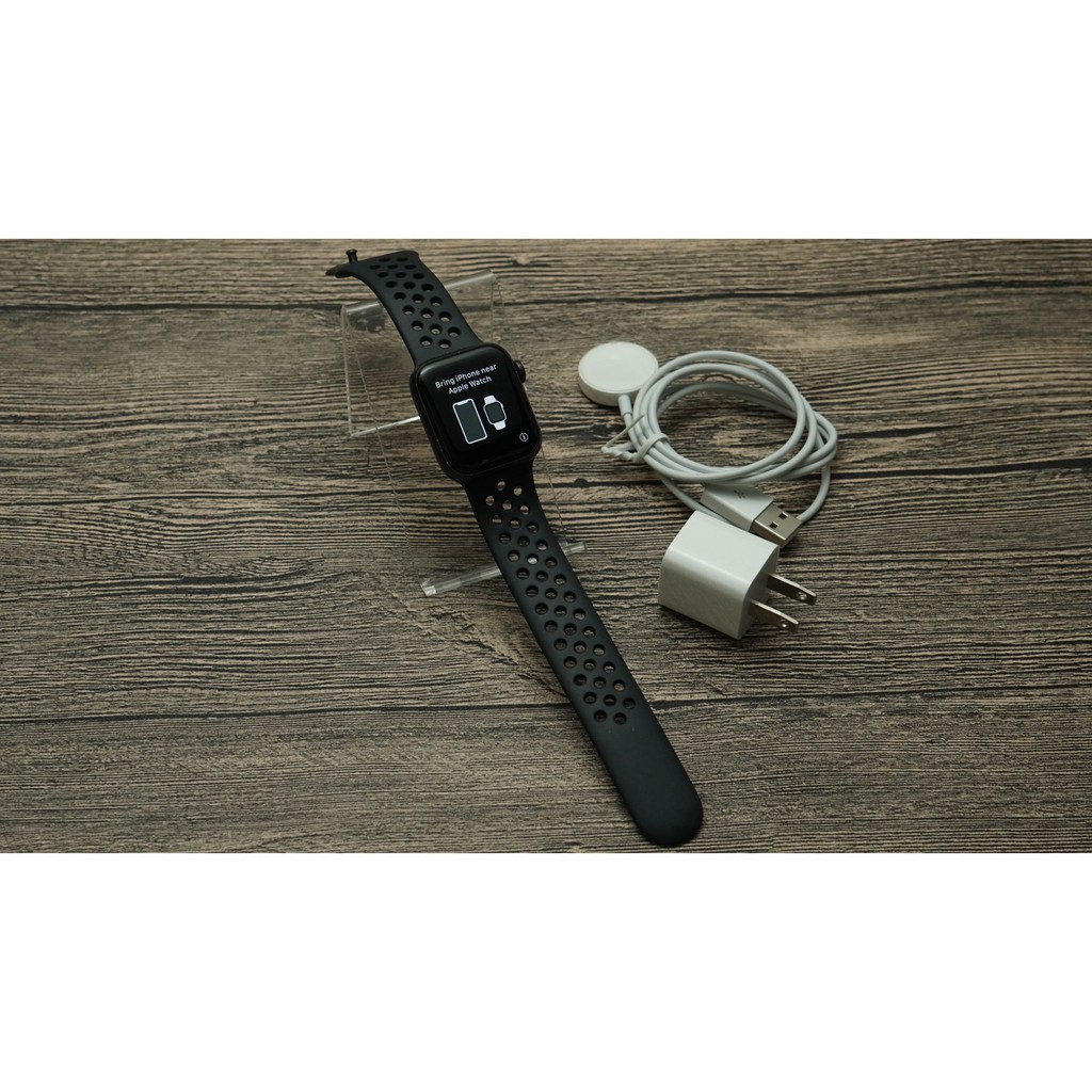 Apple Watch Nike+ Series 5 Nike Sport 40mm Wi-Fi GPS S5