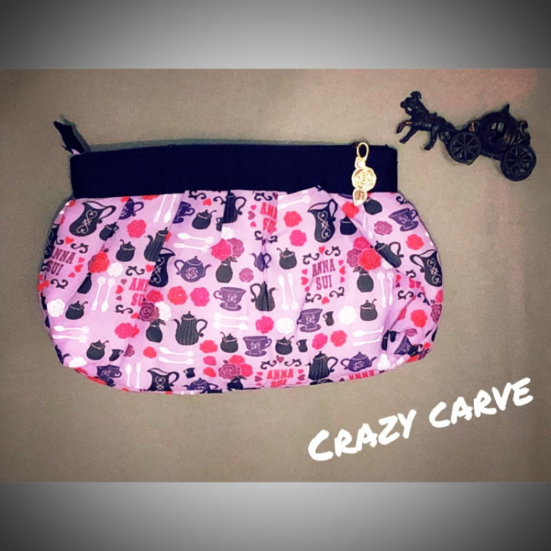 CrazyCarve瘋狂雕刻日本🇯🇵ANNA SUI安娜蘇化妝包手提包小包包棉棉包雜誌附贈包跳蚤市場二手市場國外設計