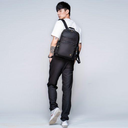 ☆SUMDEX☆人體工學設計 高級後背包 網路最低價 經典 商務 後背包 都會 筆電包 經典 776BK 黑色
