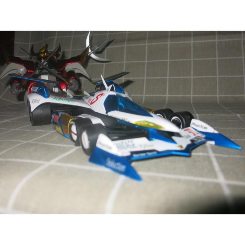 青島 閃電霹靂車 阿斯拉 AKF-11模型