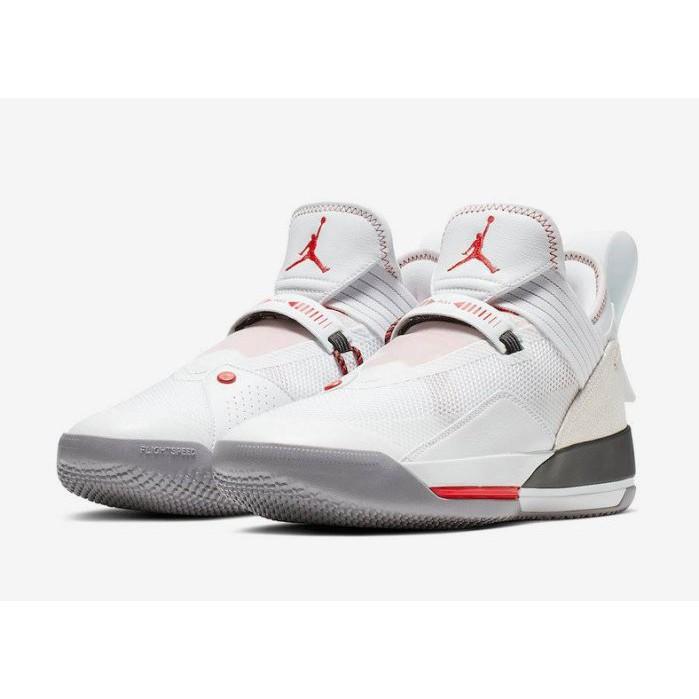 low priced 4c56b 764ce NIKE AIR JORDAN 33 SE PF 白喬丹籃球鞋男鞋CD9561-106