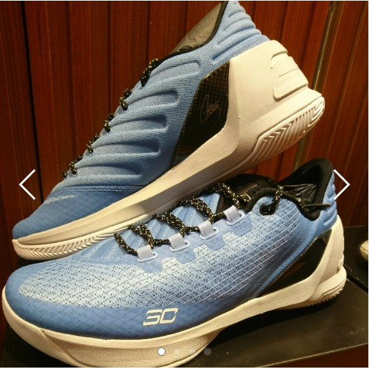 UA CURRY3LOW 藍白