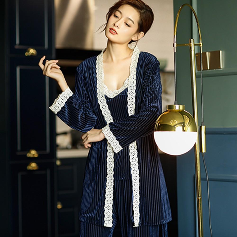 【Wonderland】優雅誘惑壓皺金絲絨3件式衣褲組(藍)