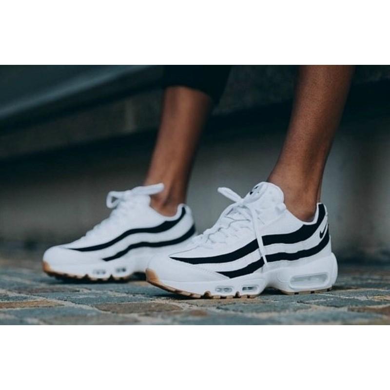 low priced 44e98 df88a 【老鞋頭】Nike W Air Max 95 Juventus 黑白 氣墊 慢跑 斑馬 男女 情侶 307960-112