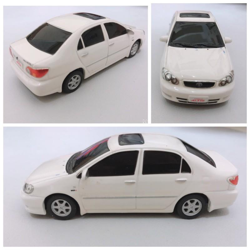 絕版台灣豐田原廠二十年前發行絕版迴力車 Toyota altis 稀少白色 1/43 原廠 迴力車 模型車/二手收藏品