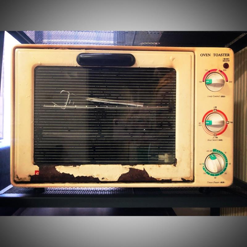 (二手正常品)Pierre Cardin 中型電烤箱 烤箱 電烤爐 烤雞 烤肉 Pizza 焗烤飯 焗烤麵 雙層烤箱