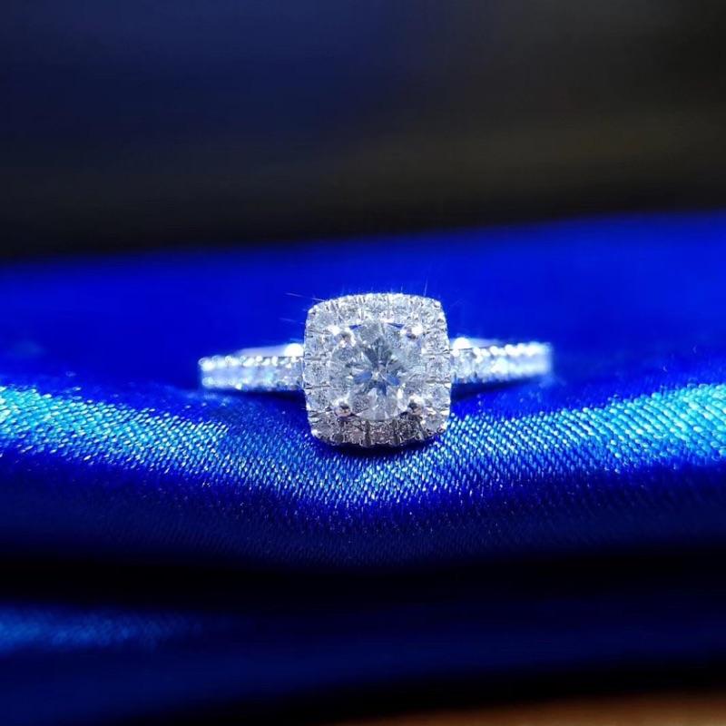 璽朵珠寶 [ 18K金 30分 放大 鑽石戒指 ] 微鑲工藝 精品設計 婚戒顧問 鑽石權威 婚戒第一品牌 鑽戒 GIA