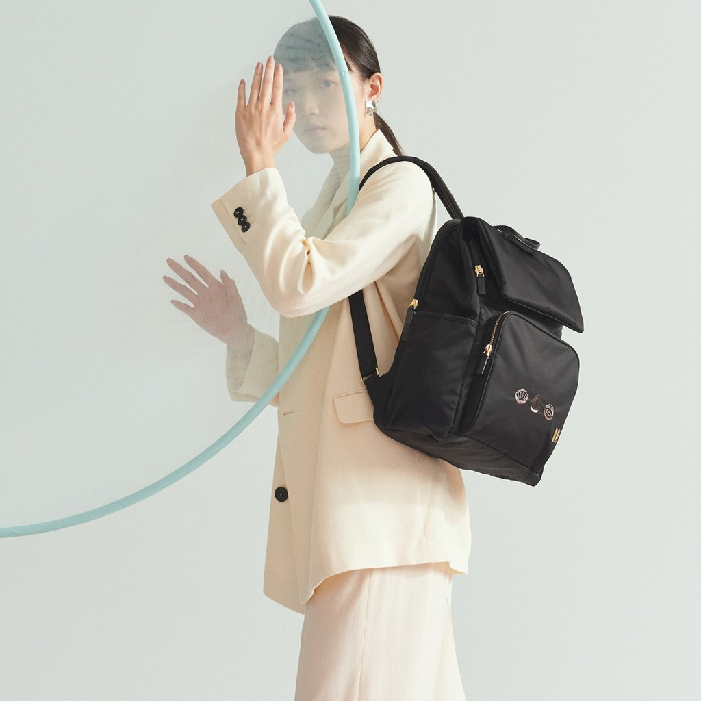 ☆SUMDEX☆人體工學設計 高級後背包 網路最低價 經典 商務 後背包 時尚 筆電包 真果 704BK-HN 黑色