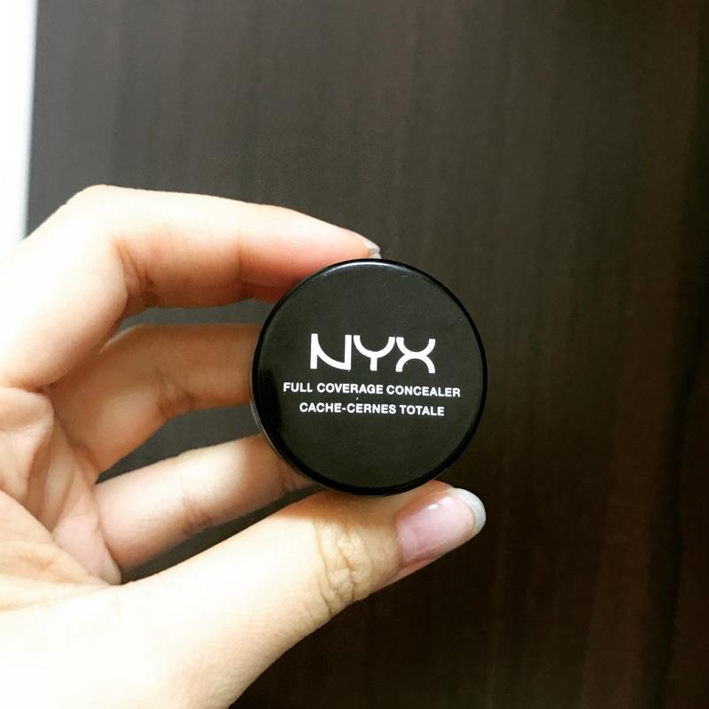 NYX 遮瑕膏
