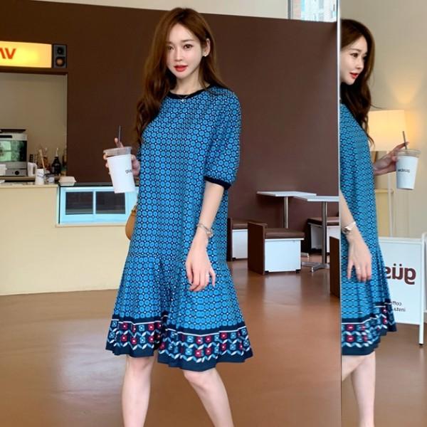 【白鳥麗子】連身裙 韓系優雅拼接百褶圖騰五分袖圓領洋裝