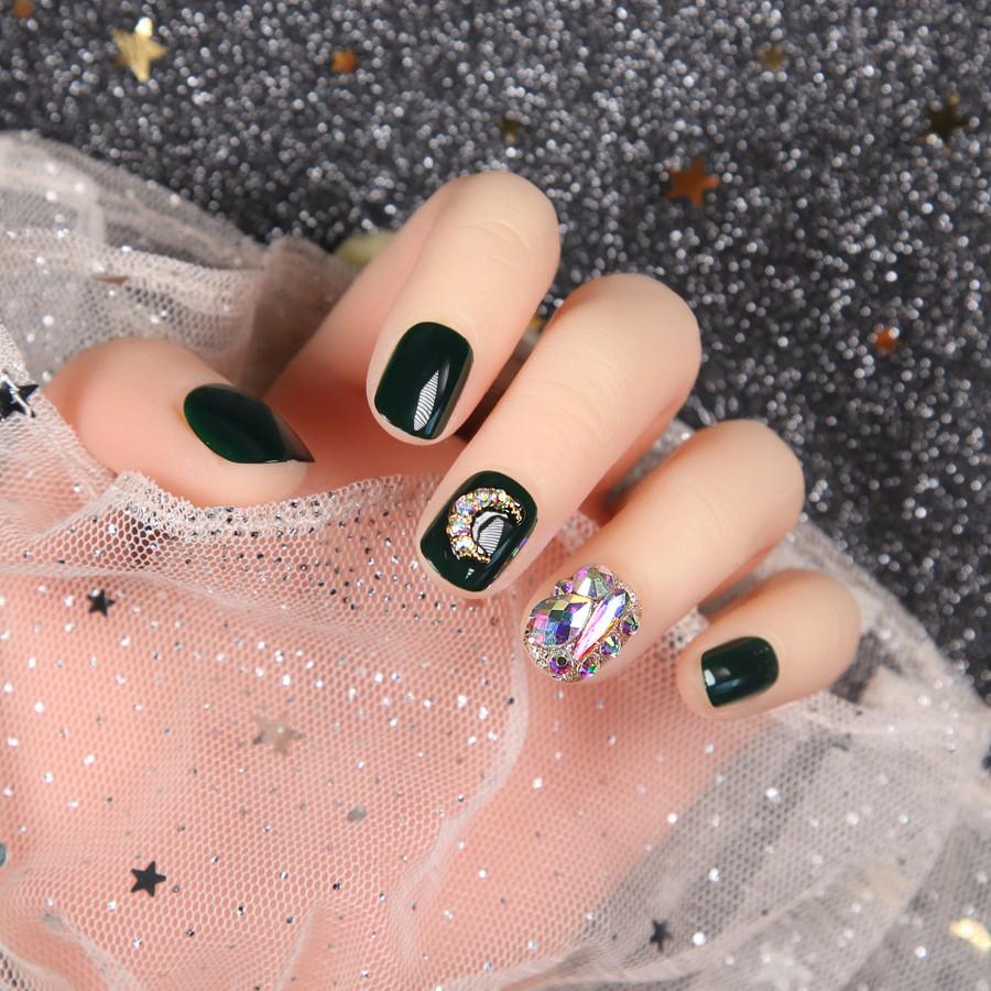 指甲貼片 一撕即貼 秒貼甲片 墨綠星月鑽飾 穿戴式 可重複使用 NWP0072【買1送5配件】