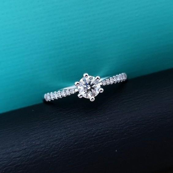 璽朵珠寶 [ 18K金 30分 鑽石戒指 ] 微鑲工藝 精品設計 鑽石權威 婚戒顧問 婚戒第一品牌 鑽戒 婚戒 GIA