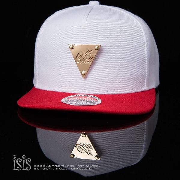 KURO-SHOP潮流新風格-白色 紅色帽沿 金色三角牌 棒球帽 板帽