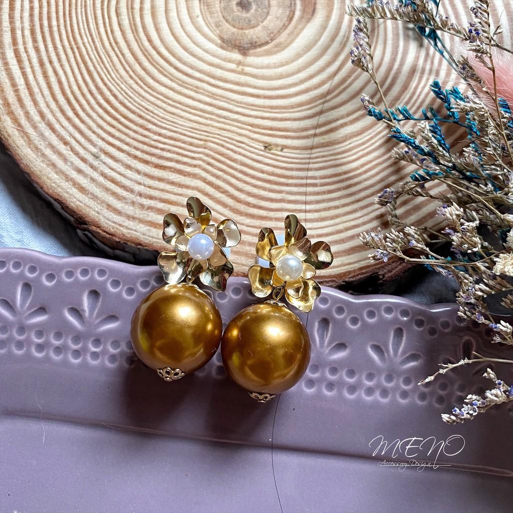Meno 古銅金珍珠雙層花瓣設計手工耳環 可改耳夾 防過敏耳針