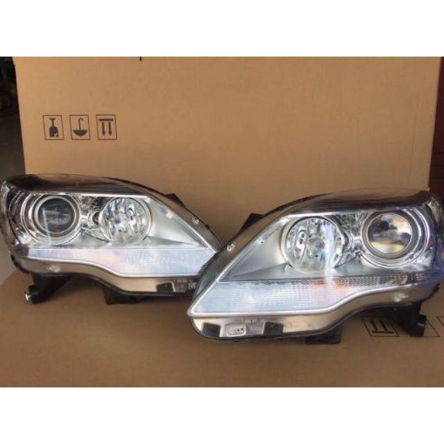 W251 R350 CDI 原廠 大燈 二手空件
