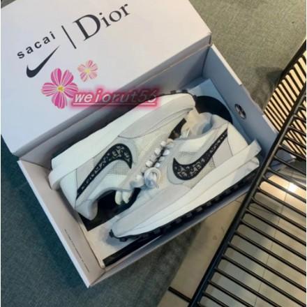 全新正品 Nike x Sacai x Dior 聯名 20新款  白灰 雙溝設計 男女 慢跑鞋 現貨