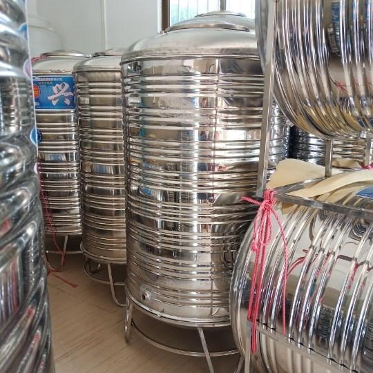 304不銹鋼水箱儲水桶水塔家用立式加厚太陽能樓頂廚房儲水罐酒罐
