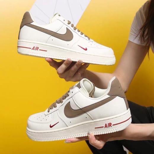 一言·Nike Air Force 1 07 Premium 奶咖色 空軍 休閒運動板鞋 男女 808788-996