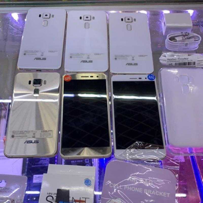 現貨 95新 Asus ZenFone3 ZE520KL Z017DA 5.2吋 3+32G 台中 永和 實體店