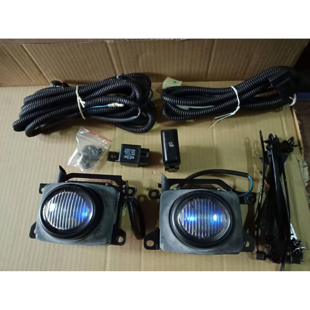 雅哥  K7 1994年  霧燈 左右邊 含線組  含霧燈開關  含霧燈座 藍鑽色  台製
