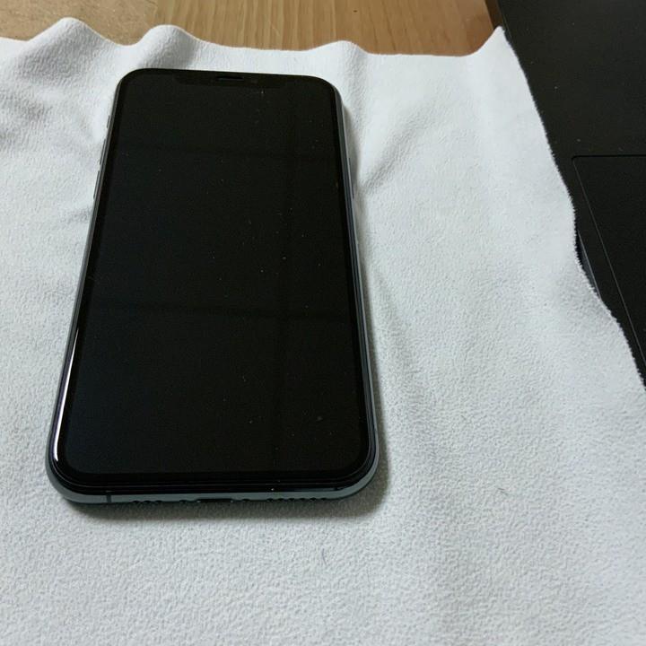 台北二手Apple iPhone 11 Pro 64GB綠色 面交 已過保固 9成新 pixel5