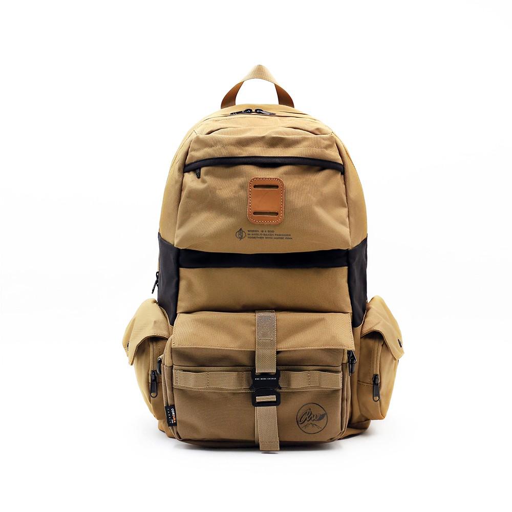 RITE x woden 聯名包款 戶外 機能 多功能 後背包 -RW聯名卡其  前袋可拆小側背包、筆電15吋專屬夾層