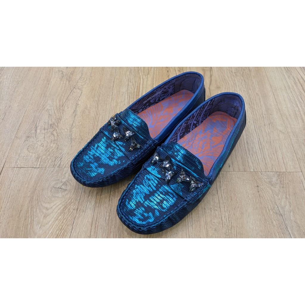 [鸚鵡鞋鋪]非環保底MACANNA麥坎納 出清特賣保證正品 夜空藍平底壓紋豆豆鞋