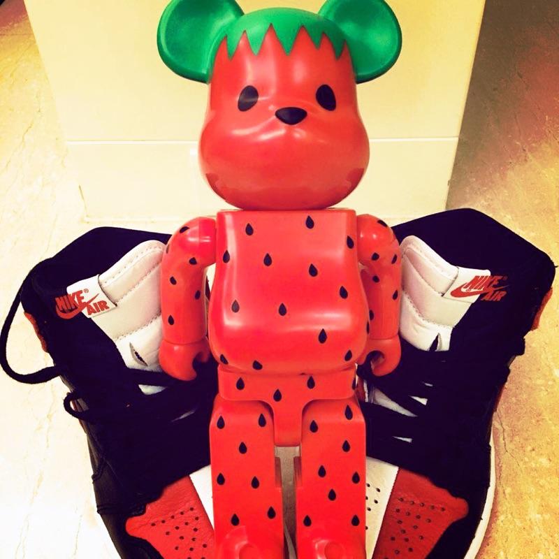 [吃喝玩樂]Bearbrick be@rbrick 水果400%(草莓)