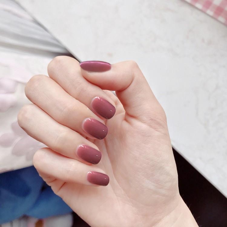 指甲貼片 一撕即貼 朝露玫瑰 秒貼甲片 純色 指甲貼片 穿戴式 可重複使用【買1送5配件】