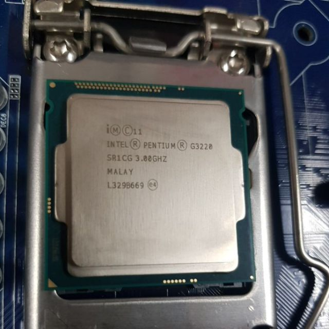 Intel  Pentium 處理器 G3220