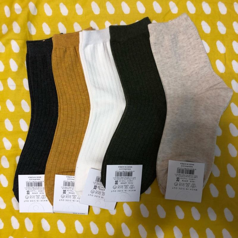 正韓多色中筒襪 素色好搭配