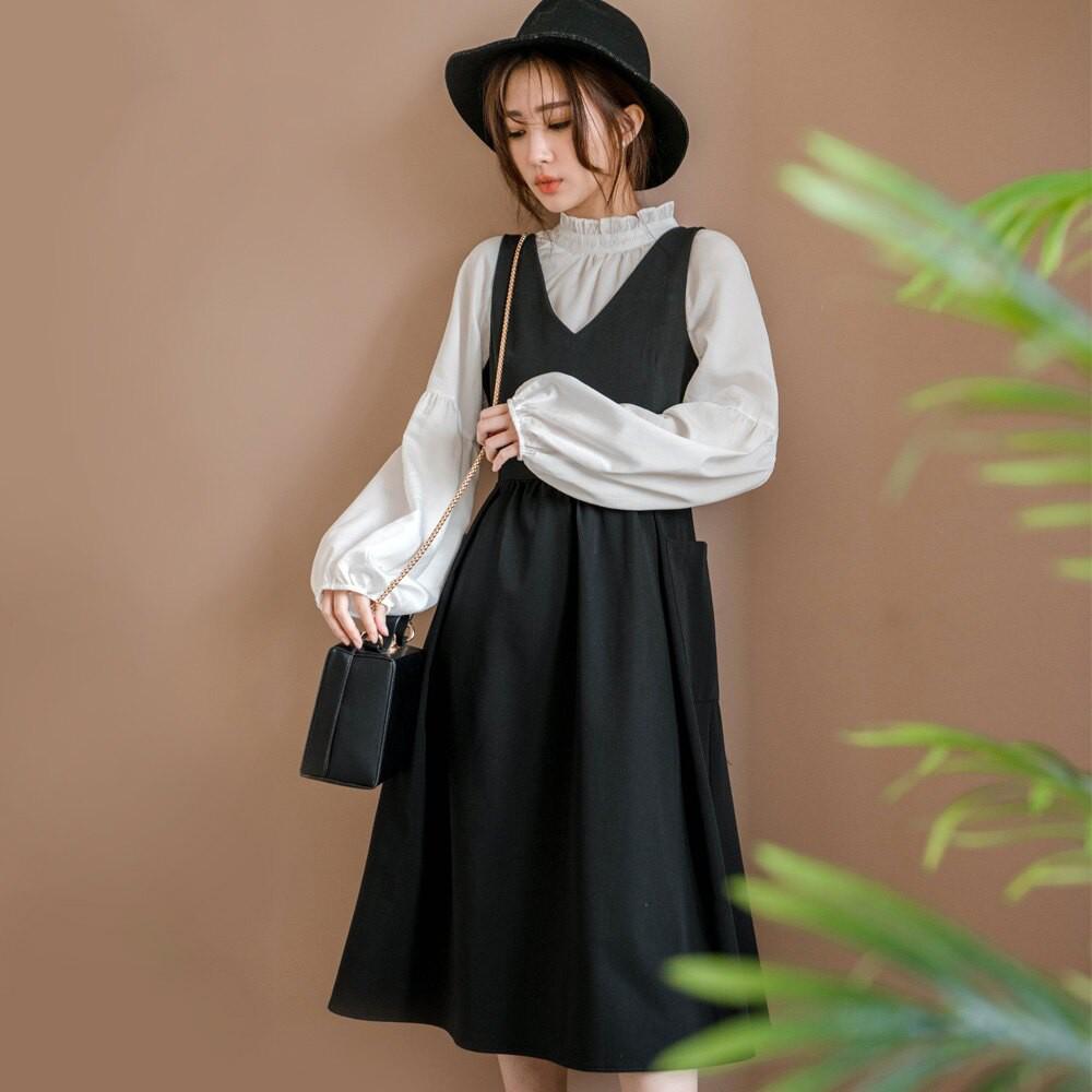 MIUSTAR V領方口袋傘襬背心洋裝(共1色)洋裝 0202 預購【NJ0299】