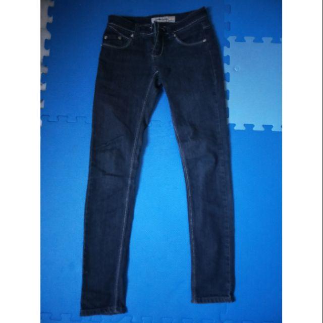 051405。牛仔褲。女生牛仔褲。二手牛仔褲。tank jeans 。牛仔褲。藍色牛仔褲。深藍色牛仔褲。二手牛仔褲。