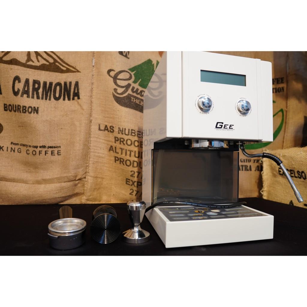 GEE GCM-2103 半自動義式家用咖啡機  二手狀況極佳