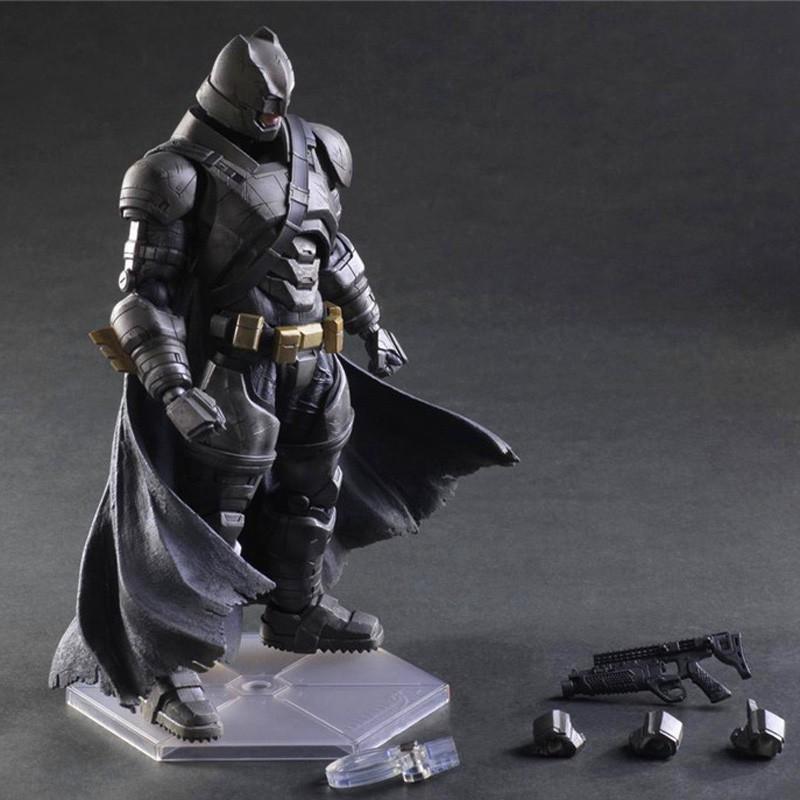 PLAY ARTS BATMAN V SUPERMAN:《蝙蝠俠:正義聯盟》的黃昏