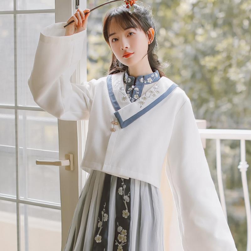 【免運】中國風漢元素古風外套女2020年新款秋毛呢小個子短款冬裝披風斗篷