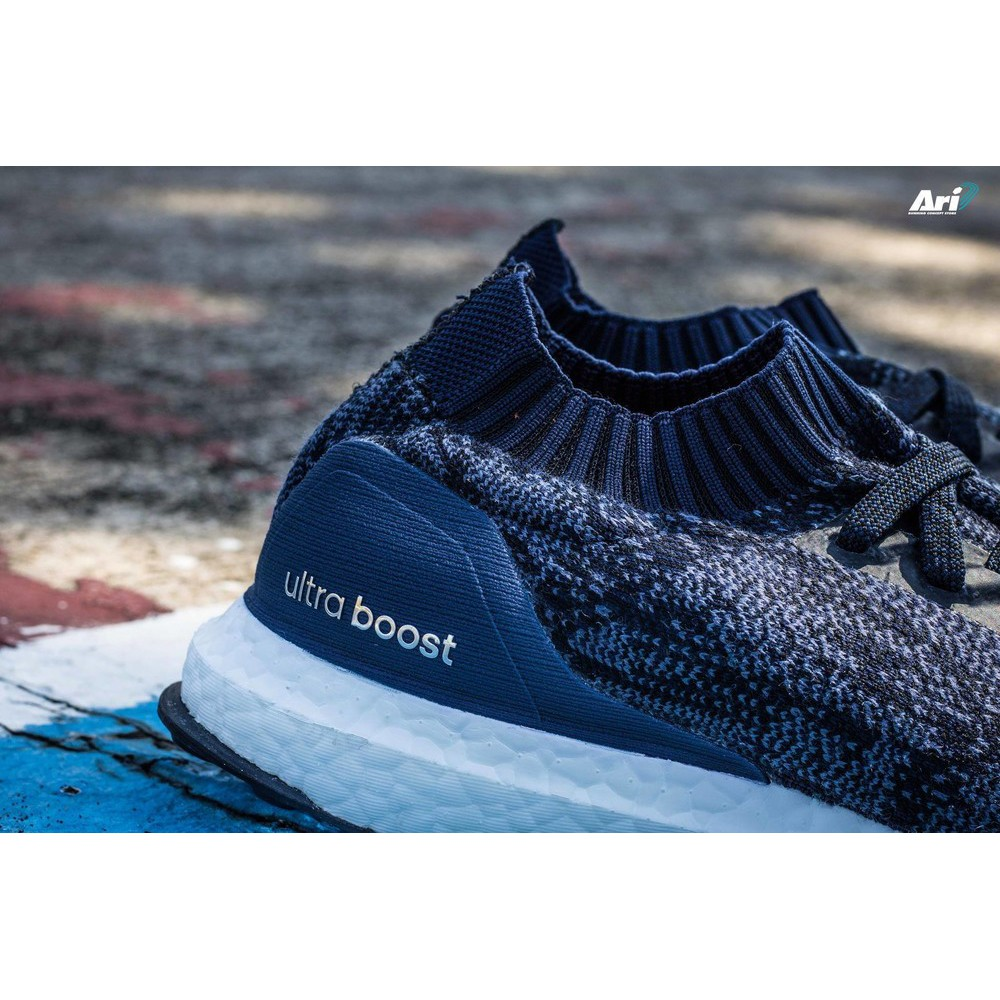finest selection 7cfad c01a5 adidas Ultra Boost Uncaged BY2566 黑藍色 針織 襪套 頂級慢跑鞋